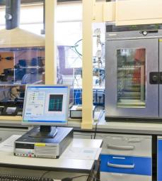 EOR-PVT Lab